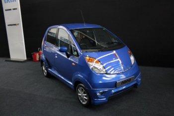 Самый дорогой вариант самого дешевого автомобиля Tata Nano LX