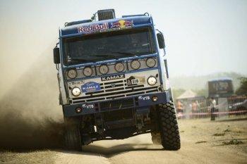 Российская команда «Камаз-мастер» получит грузовик с новым двигателем