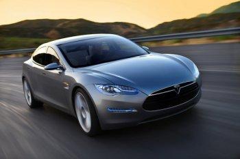 Полноприводный Tesla Model X