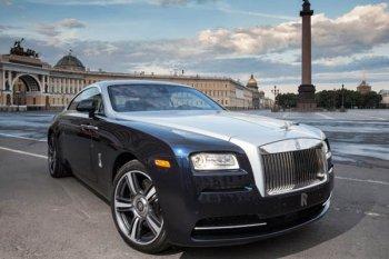 Rolls-Royce задумался о создании карбоновых машин