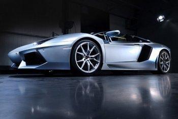 Lamborghini Aventador может получить под капот 2000 л.с.
