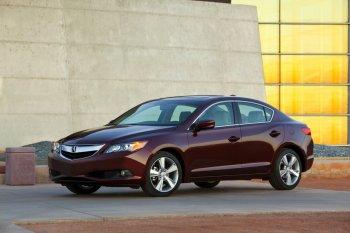 Acura начинает продажи седана TLX