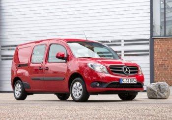 Мерседес планирует запустить в продажу в 2016 году кроссовер на базе Renault
