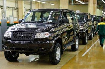 Российские заводы приостанавливают выпуск автомобилей