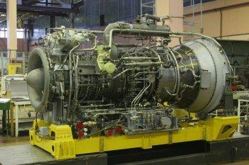 Судовые двигатели комплектуются коробкой передач и разделяются на правый и левый