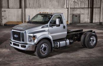 Ford представил новые тяжелые пикапы и грузовики