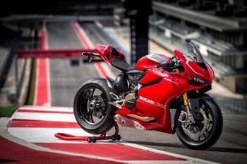 Неделю Ducati запланировали на июль
