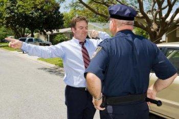 Как выкрутиться перед работниками дорожной полиции, садясь за руль с перегаром?