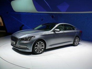Hyundai Genesis стал еще умнее