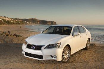 В России отзывают седаны Lexus