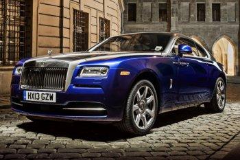 Все Rolls Royce cars - это машины, собранные руками команды состоящей из 60 человек