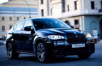 Преимущества спортивного седана BMW третьей серии поможет узнать официальный дилер БМВ