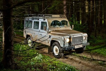 Тюнеры сделают несколько модификаций автомобиля Land Rover Defender