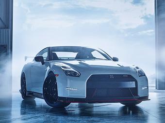 Nissan GT-R получит гибридный привод
