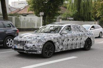 Шпионам попалась новая BMW 7-Series