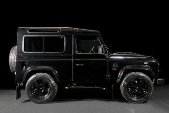 Land Rover Defender получил от тюнеров новый двигатель